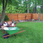 weeding-front-flower-beds-cleanup-sicklerville-nj