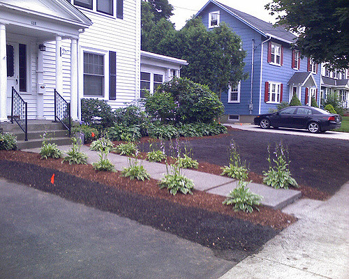 weed-mulch-beds-new-jersey-cleanups