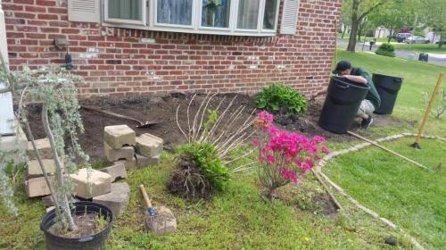 blackwood-nj-new-flowerbed-during